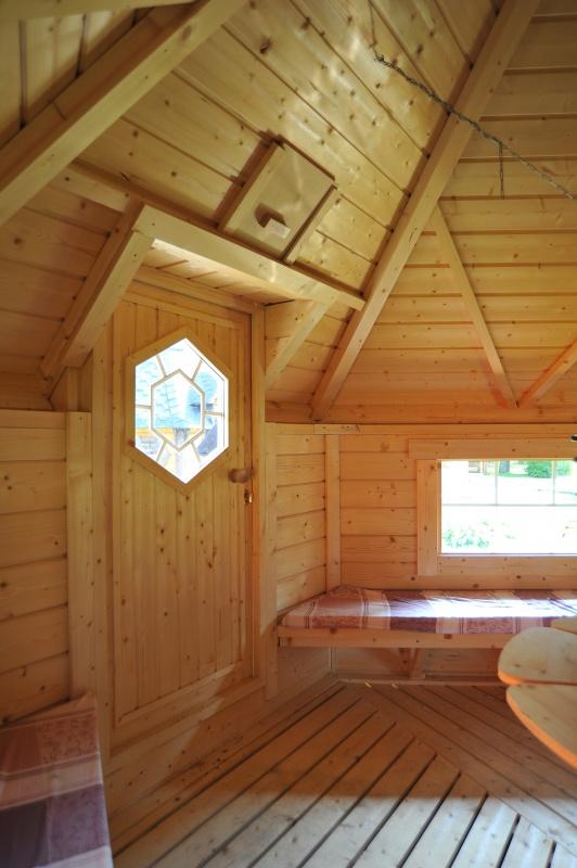 9 2 Bbq Hut Castle Cabins